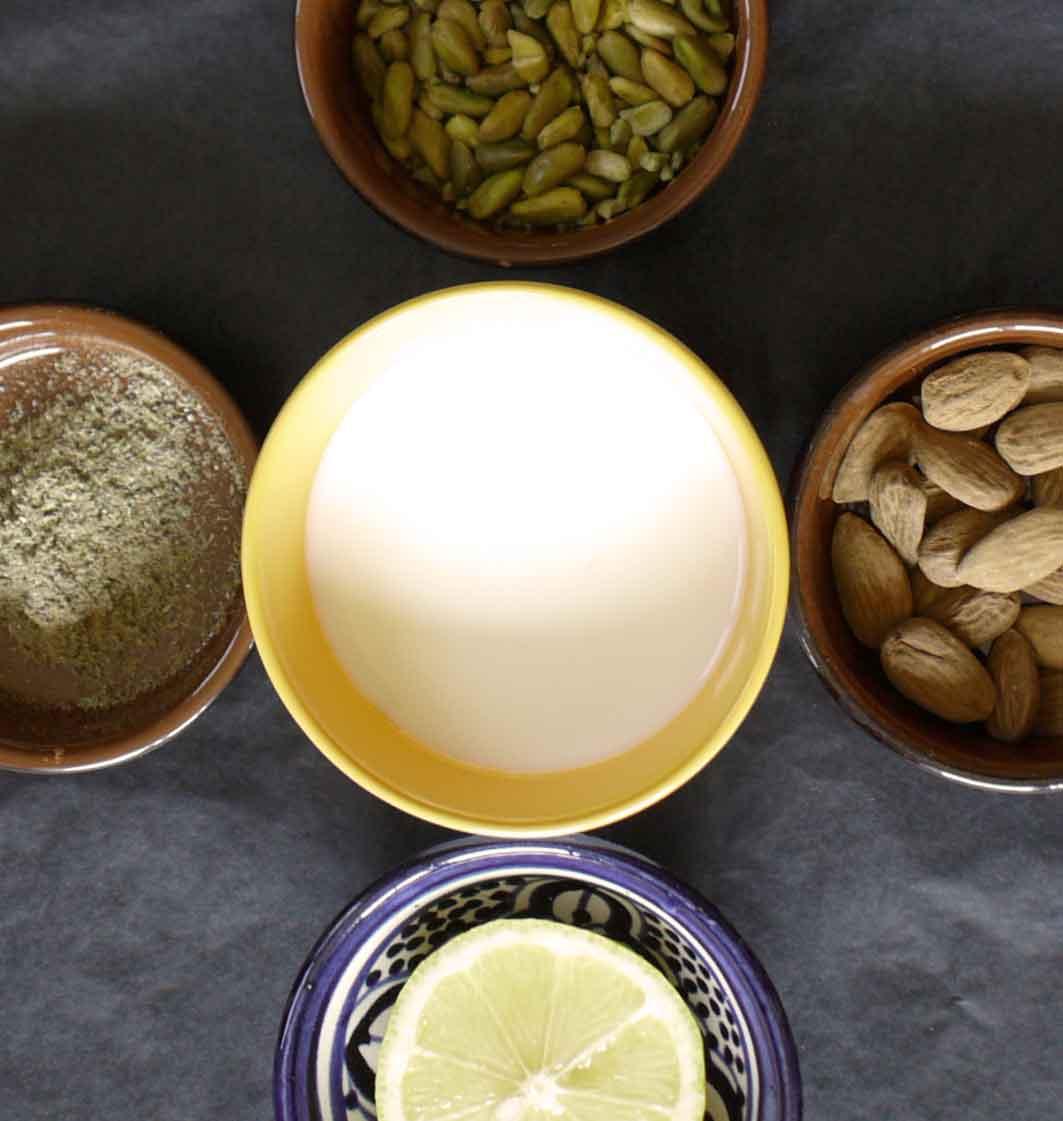 sandesh lait fruits secs amandes miel pistaches